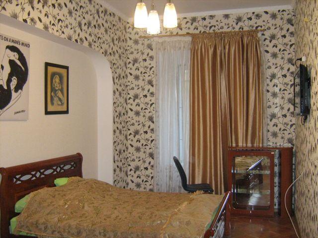 Продается 4-комнатная квартира на ул. Гаванная — 390 000 у.е.