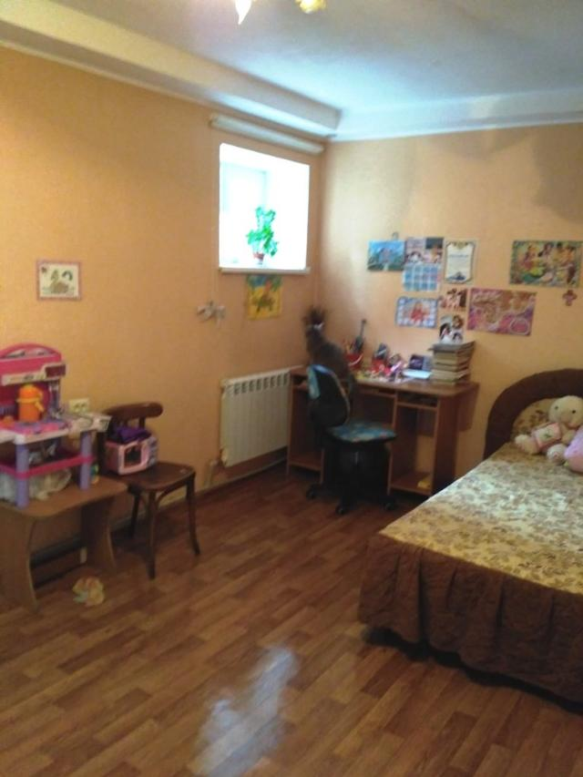Продается 2-комнатная квартира на ул. Лазарева Адм. — 28 000 у.е.