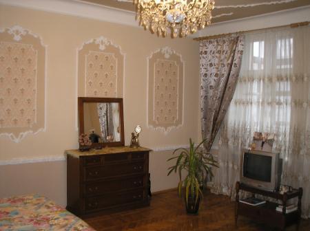 Продается 2-комнатная квартира на ул. Малая Арнаутская — 105 000 у.е.