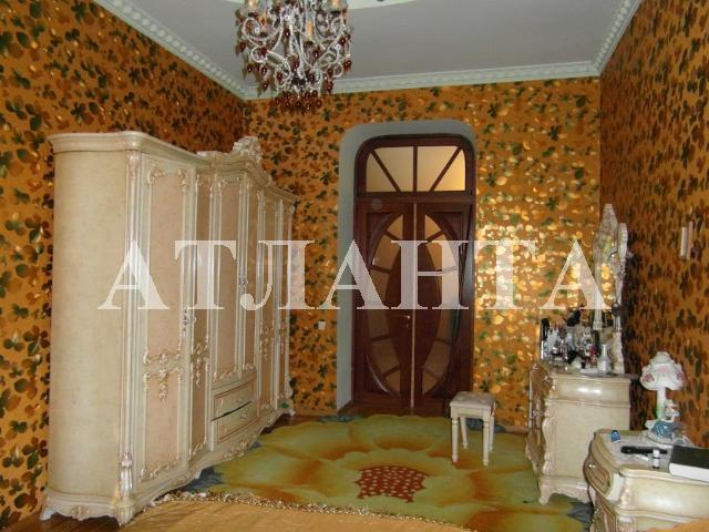 Продается 4-комнатная квартира на ул. Канатная — 217 000 у.е.