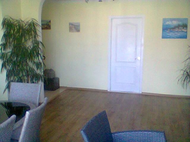 Продается 4-комнатная квартира на ул. Маловского — 57 000 у.е. (фото №2)