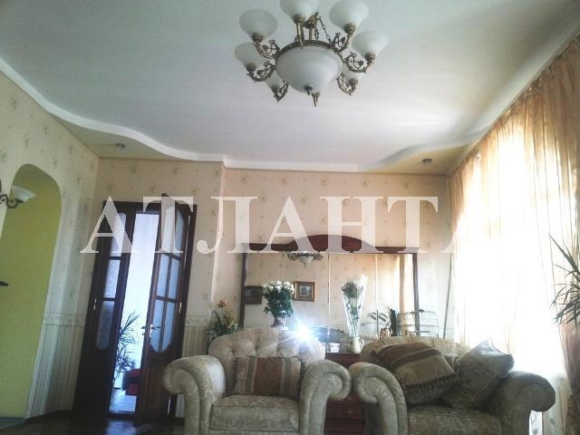 Продается 4-комнатная квартира на ул. Пантелеймоновская — 150 000 у.е.