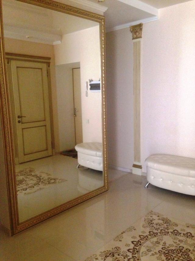 Продается 3-комнатная квартира в новострое на ул. Старицкого — 120 000 у.е.