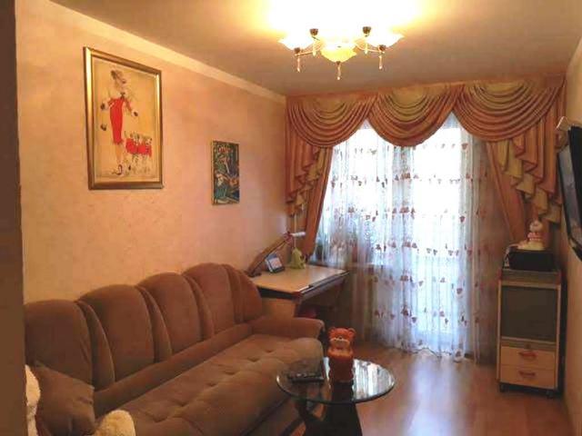 Продается 4-комнатная квартира на ул. Заболотного Ак. — 78 000 у.е.