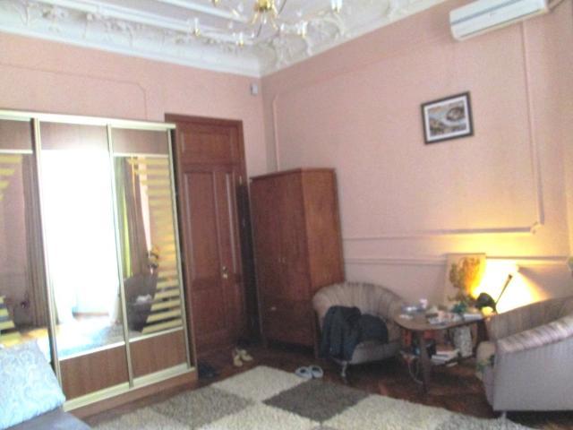 Продается 1-комнатная квартира на ул. Ришельевская — 50 000 у.е.