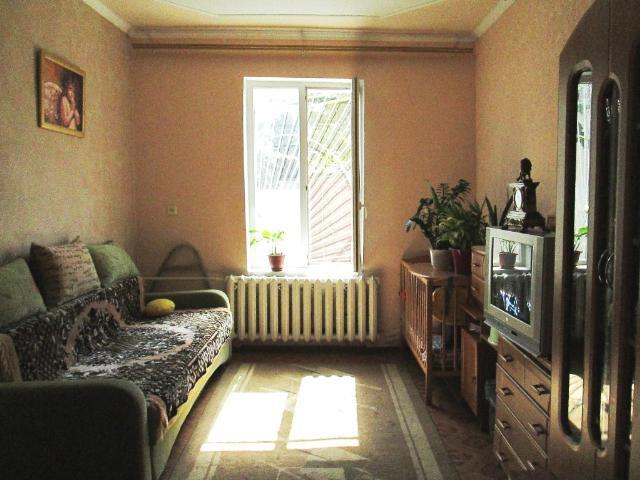 Продается 2-комнатная квартира на ул. Бабаджаняна Марш. — 26 000 у.е.