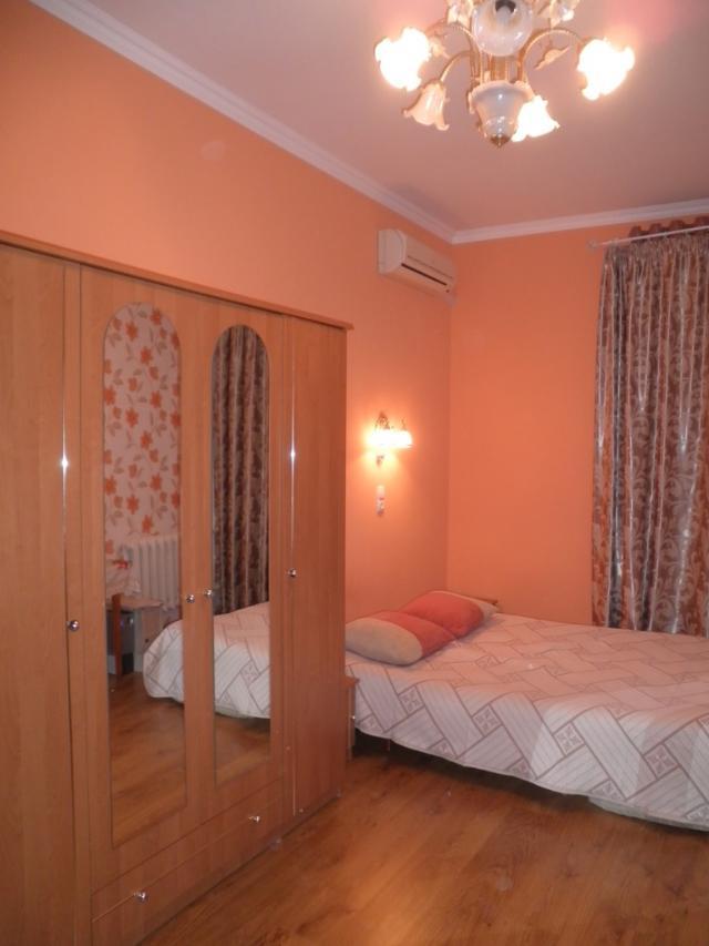 Продается 2-комнатная квартира на ул. Садовая — 107 000 у.е.