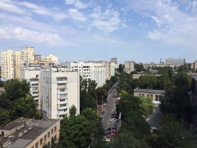 Продается 1-комнатная квартира в новострое на ул. Дюковская — 51 000 у.е.