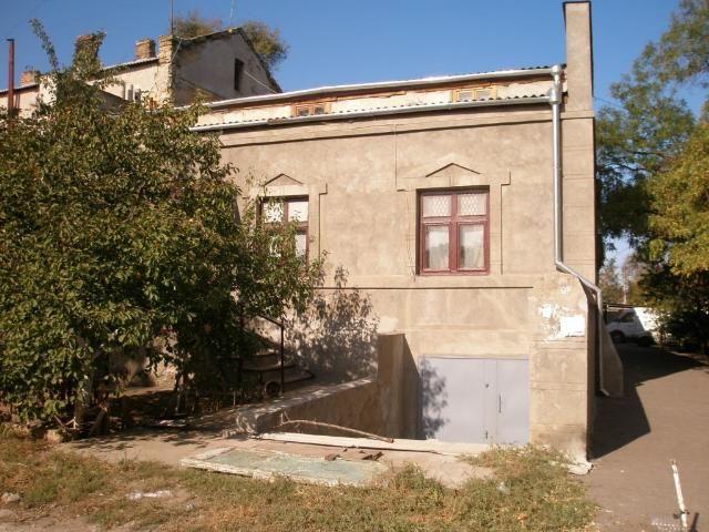 Продается 4-комнатная квартира на ул. Мечникова — 115 000 у.е.