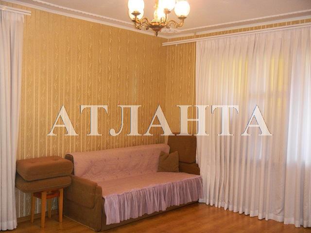 Продается 3-комнатная квартира на ул. Академика Королева — 72 000 у.е.