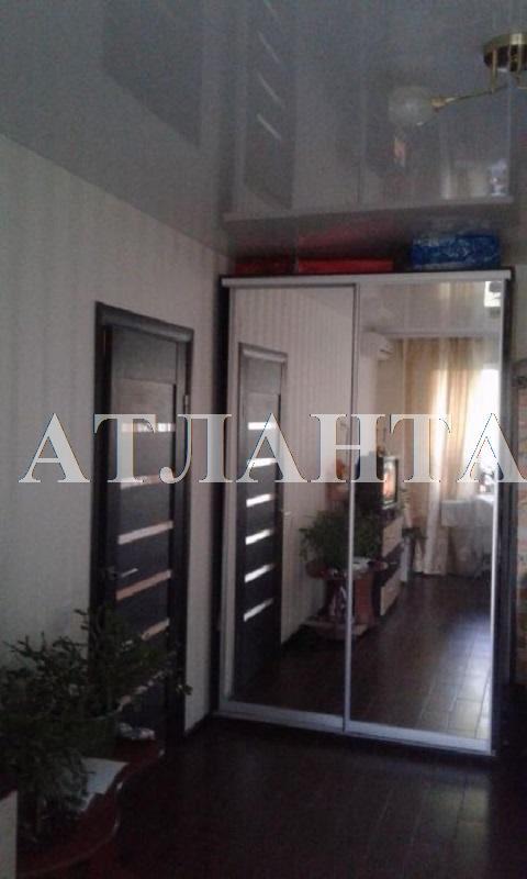 Продается 1-комнатная квартира на ул. Академика Глушко — 32 000 у.е.