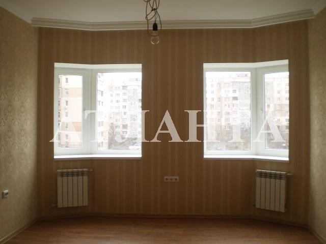 Продается 3-комнатная квартира на ул. Академика Вильямса — 110 000 у.е.