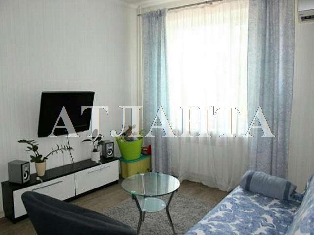 Продается 2-комнатная квартира на ул. Столбовая — 26 400 у.е.
