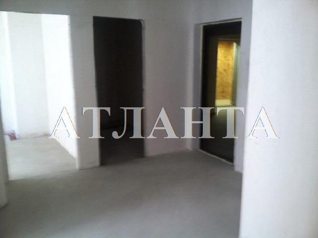 Продается 3-комнатная квартира в новострое на ул. Радужный 2 М-Н — 45 000 у.е. (фото №2)