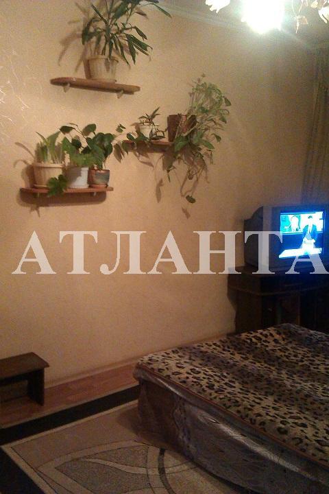 Продается 2-комнатная квартира на ул. Малиновского Марш. — 33 000 у.е.