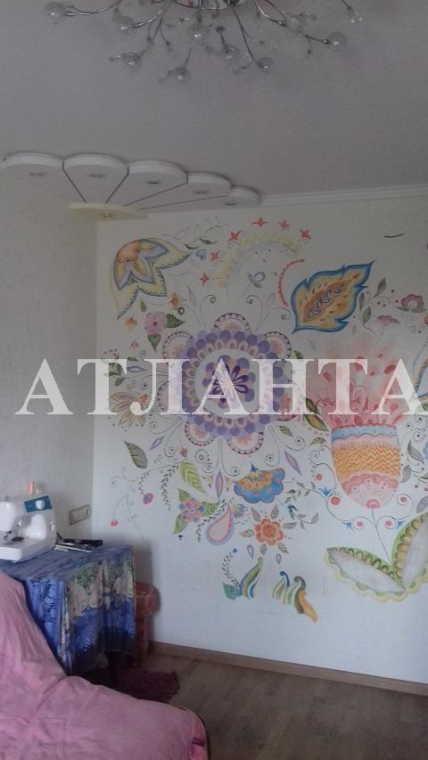 Продается 4-комнатная квартира на ул. Академика Вильямса — 70 000 у.е.