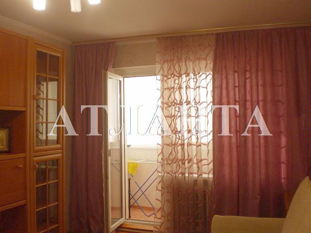 Продается 2-комнатная квартира на ул. Академика Королева — 45 000 у.е.