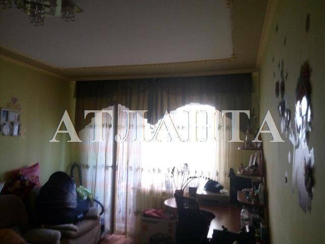 Продается 2-комнатная квартира на ул. Академика Глушко — 42 000 у.е.