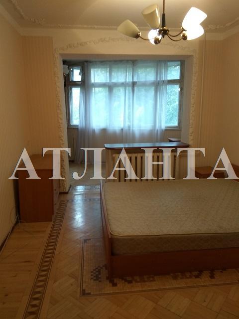 Продается 3-комнатная квартира на ул. Академика Королева — 56 000 у.е.