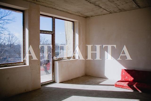 Продается 4-комнатная квартира на ул. Макаренко — 109 000 у.е.