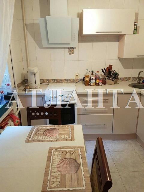 Продается 3-комнатная квартира на ул. Филатова Ак. — 58 000 у.е.