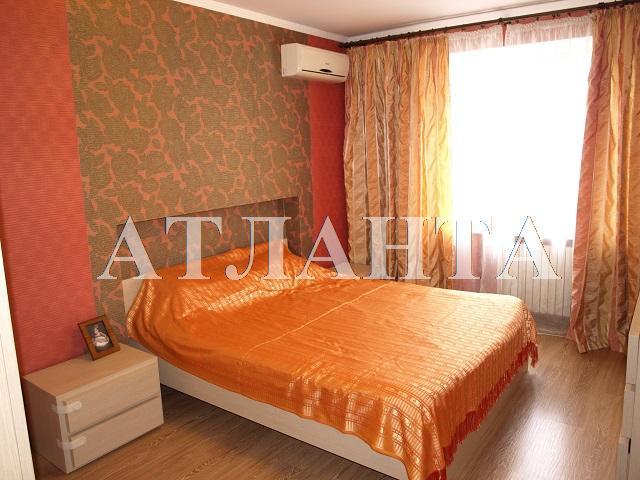 Продается 2-комнатная квартира на ул. Академика Вильямса — 69 500 у.е.