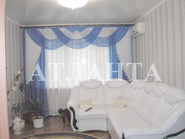 Продается 3-комнатная квартира на ул. Средняя — 57 000 у.е.