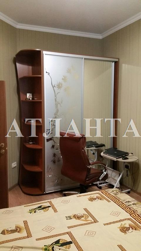 Продается 2-комнатная квартира на ул. Судостроительная — 39 000 у.е.