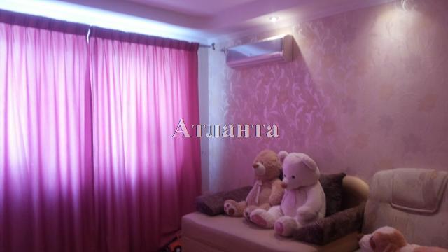 Продается 1-комнатная квартира на ул. Овидиопольская Дорога 3 — 28 000 у.е.