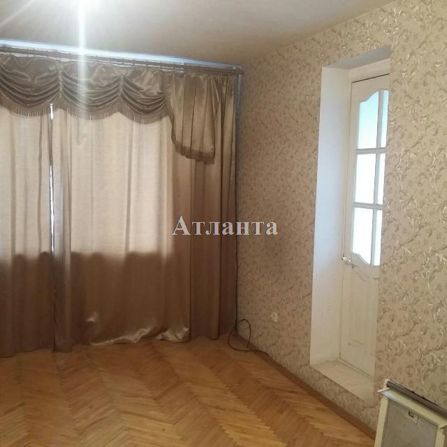 Продается 3-комнатная квартира на ул. Малиновского Марш. — 53 000 у.е.