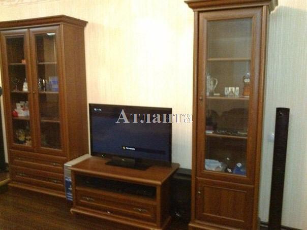 Продается 2-комнатная квартира на ул. Филатова Ак. — 50 000 у.е.