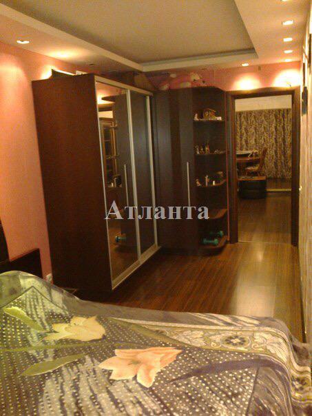 Продается 2-комнатная квартира на ул. Филатова Ак. — 50 000 у.е. (фото №2)