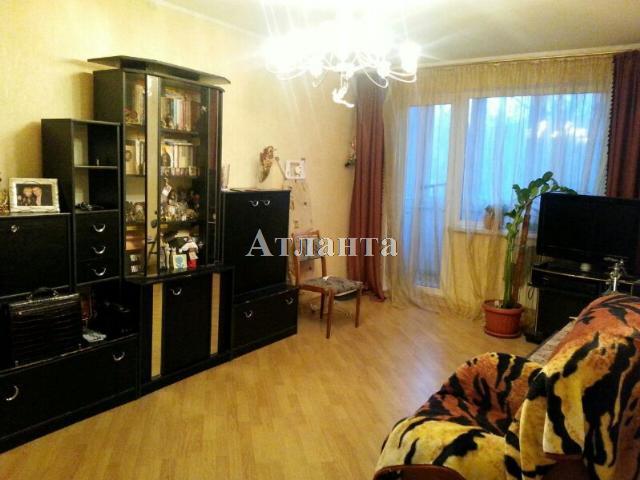Продается 3-комнатная квартира на ул. Радостная — 48 000 у.е.