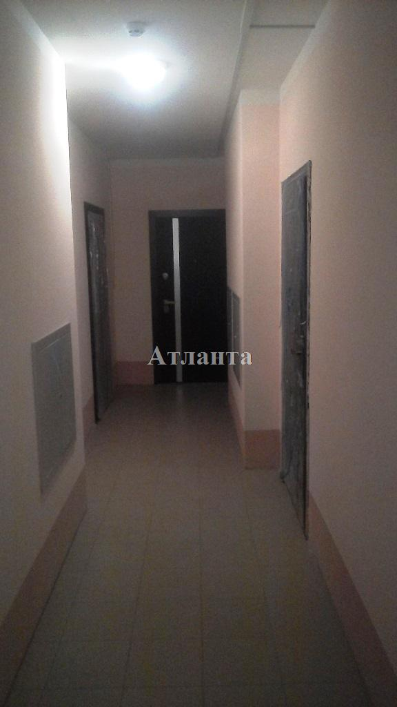 Продается 1-комнатная квартира на ул. Радужный 1 М-Н — 29 000 у.е. (фото №4)