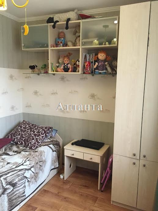 Продается 3-комнатная квартира на ул. Косвенная — 54 000 у.е.