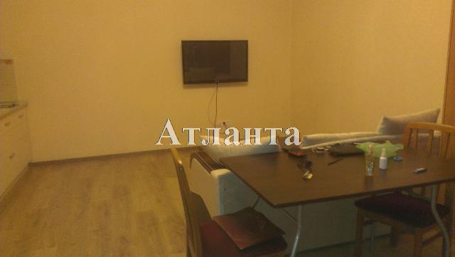 Продается 2-комнатная квартира на ул. Дерибасовская — 200 000 у.е.