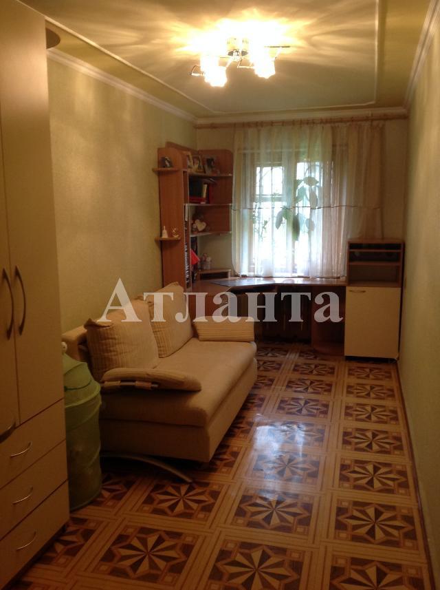 Продается 3-комнатная квартира на ул. Космонавтов — 55 000 у.е.