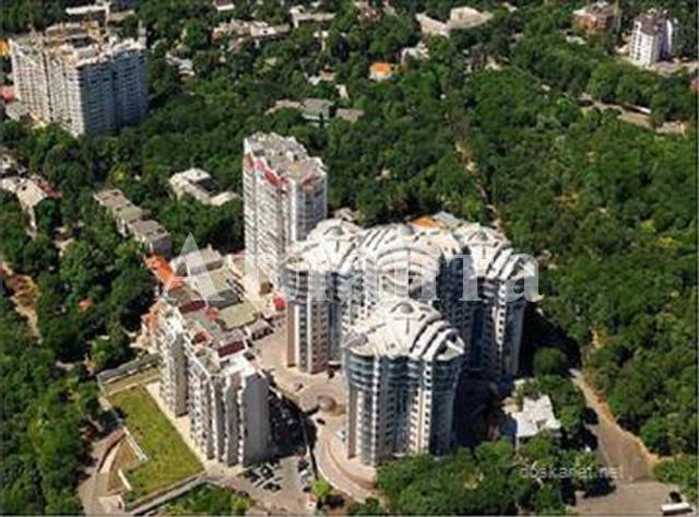 Продается 3-комнатная квартира в новострое на ул. Лидерсовский Бул. — 295 000 у.е.
