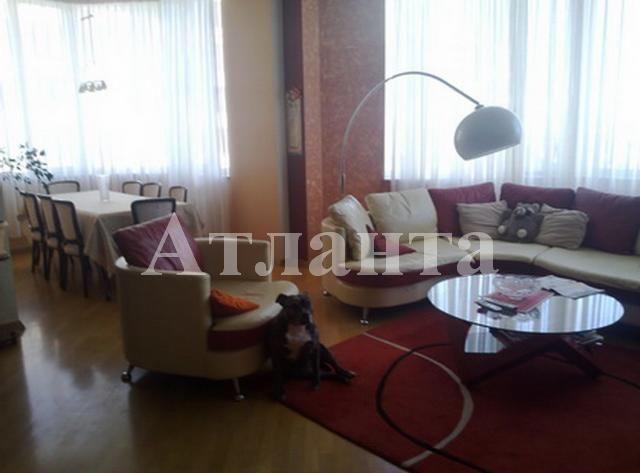 Продается 3-комнатная квартира в новострое на ул. Французский Бул. — 300 000 у.е.