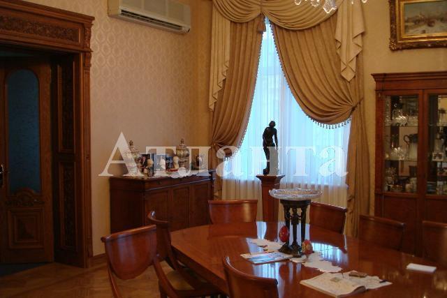 Продается 5-комнатная квартира на ул. Дерибасовская — 1 000 000 у.е.