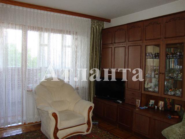 Продается 2-комнатная квартира на ул. Академика Глушко — 60 000 у.е.