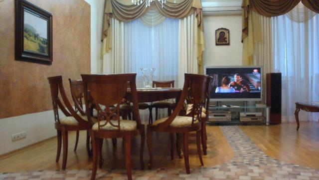 Продается 2-комнатная квартира в новострое на ул. Французский Бул. — 330 000 у.е.