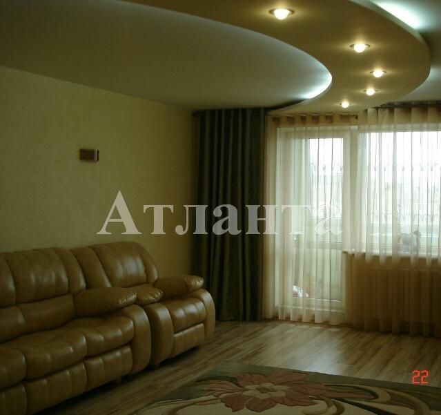 Продается 4-комнатная квартира на ул. Академика Королева — 150 000 у.е.