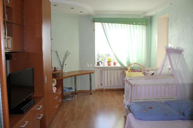 Продается 3-комнатная квартира на ул. Новосельского — 150 000 у.е. (фото №2)