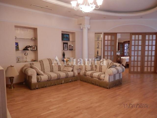 Продается 6-комнатная квартира на ул. Екатерининская Пл. — 850 000 у.е.