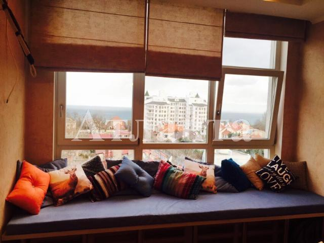 Продается 2-комнатная квартира в новострое на ул. Ясная — 155 000 у.е. (фото №2)