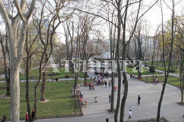 Продается 8-комнатная квартира на ул. Гаванная — 750 000 у.е. (фото №17)