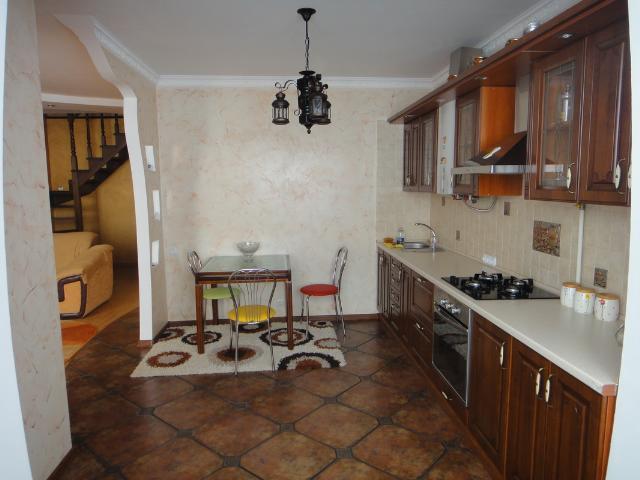 Продается 2-комнатная квартира на ул. 1 Мая — 145 000 у.е. (фото №9)