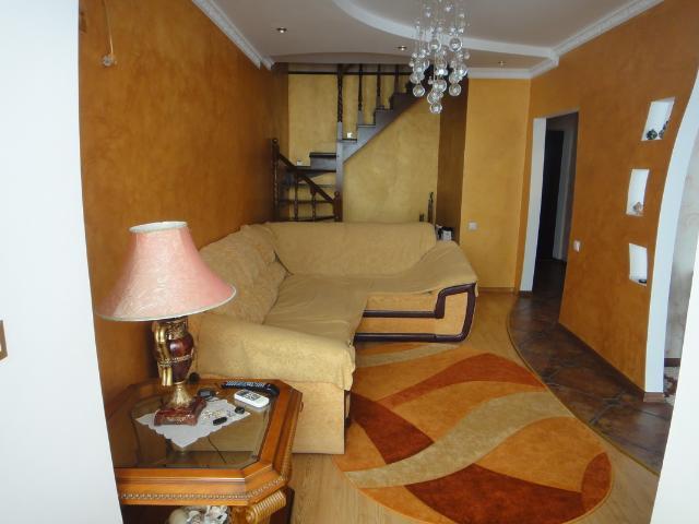 Продается 2-комнатная квартира на ул. 1 Мая — 145 000 у.е. (фото №10)