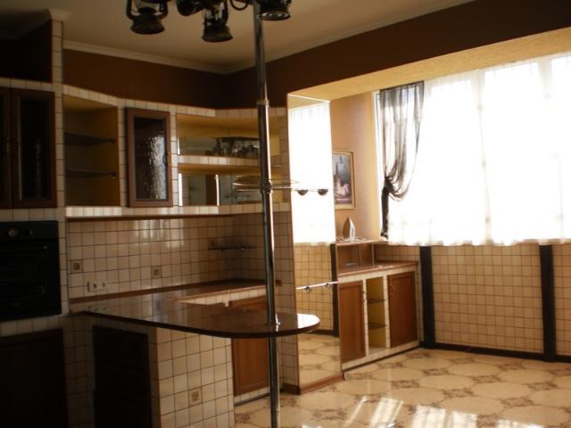 Продается 3-комнатная квартира в новострое на ул. Хантадзе Пер. — 165 000 у.е. (фото №8)